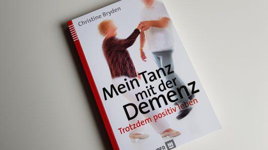 Rezension zum Buch Mein Tanz mit der Demenz www.veedelspflege.de